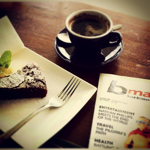 Short break at #ultracafe. Lovely, friendly spot for some #fonzieabbott coffee, choccy cake (obviously) and local news. #nundah #brisbanecoffeescene #brisbanecafes #brisbaneeats #brisbanefoodie #brisbanecoffee #brisbanebreakfast #GourmetGallivanting