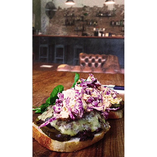 Kicking back at #hoohabar with the awesome braised #beef-cheek sambo w/chipotle slaw and dill pickle (the #glutenfree version). #visitsouthbank #brisbaneeats #brisbanecafes #brisbanebars #brisbanelunch #brisbanebrunch
